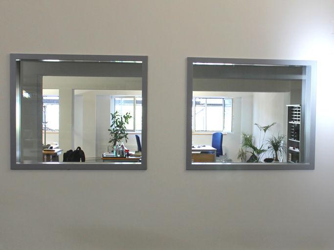 Knauf vetrate con struttura in acciaio for Finestra sinonimo